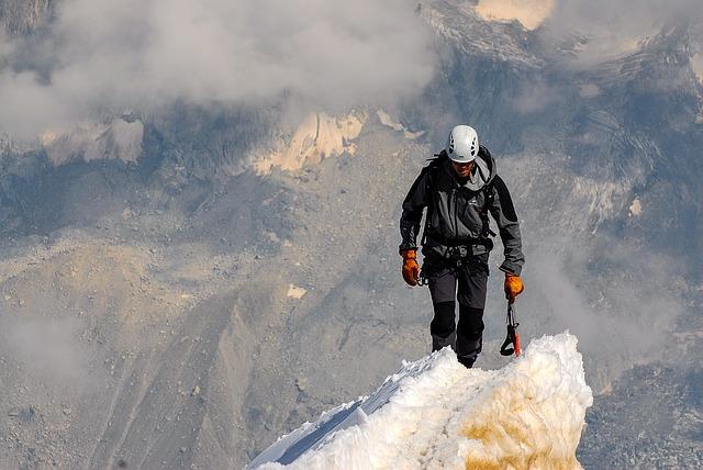 summit 1209168 640
